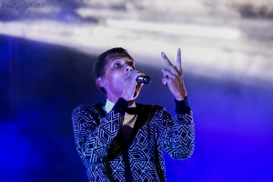 Stromae in Kigali Oct 17,2015 .... violenceeeee