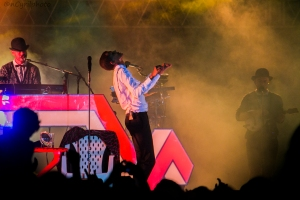 Stromae in Kigali Oct 17,2015 Master theatrical perfomance... Cool stage!