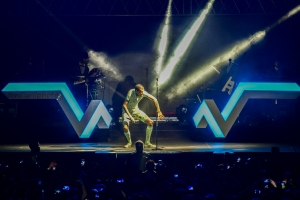 Stromae in Kigali Oct 17,2015 Stage performance on fleek! By Cyril